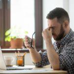 lo stress è una causa del mal di testa